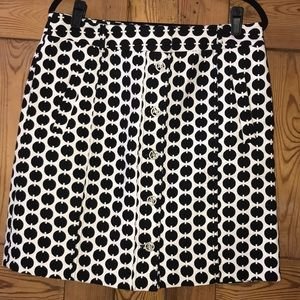 Adrienne Vittadini A-line button front B&W  skirt.